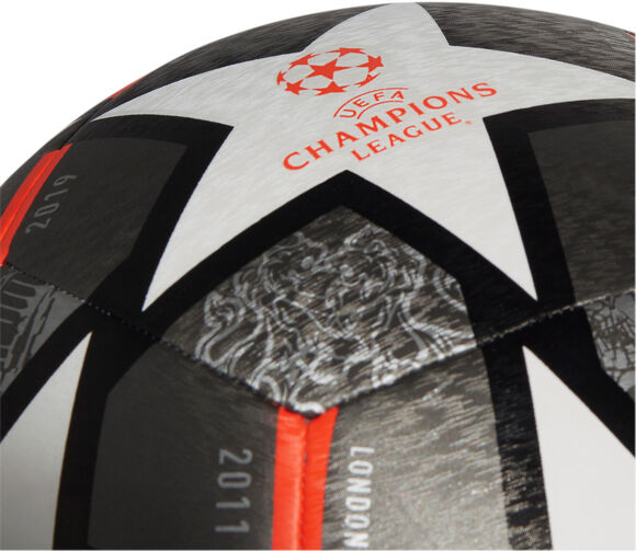 Finale 21 20th Anniversary UCL Textured football de training